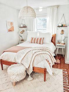Room Design Bedroom, Room Ideas Bedroom, Home Decor Bedroom, Cosy Bedroom, Bedroom Inspo, Master Bedroom, Cozy Room, Cozy Bed, Aesthetic Bedroom