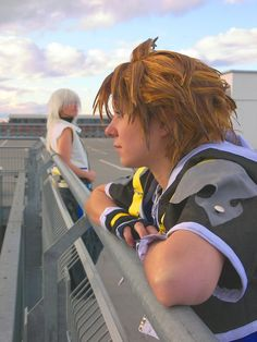 Sora and Riku from Kingdom Hearts (by *Evil-Uke-Sora on deviantART) Riku Kingdom Hearts 2, Kingdom Hearts Cosplay, Awesome Cosplay, Best Cosplay, Kh 3, Sora, Video Games, Gaming, Geek