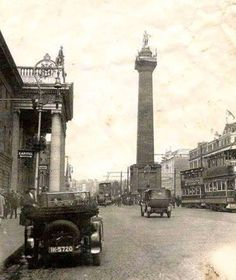 Excellent photo of O'Connell Street with Nelson's Pillar and the busy tram system Ireland Pictures, Old Pictures, Old Photos, Vintage Photos, Gone Days, Scotland History, Ireland Homes, Dublin City, Emerald Isle