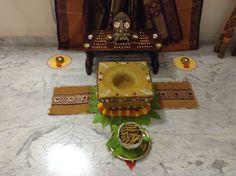 Flower Centerpieces, Flower Decorations, Wedding Centerpieces, Wedding Decorations, Rangoli Designs Peacock, Ganesha Rangoli, Haldi Function, Indian Flowers, Puja Room