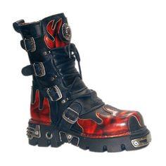 New Rock boot with flames http://www.attitudeholland.nl/hem/schoenen/laarzen/plat/boot-m-591-s1-black-red-new-rock/