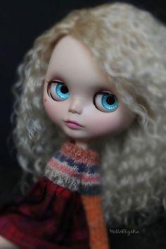 OOAK Custom Blythe Doll Blonde Ombré Reroot by HelloBlythe!!!
