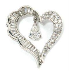 Diamond Heart Brooch | Doyle Auction House