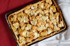 Apple Slab Pie | eatsnacklove.com