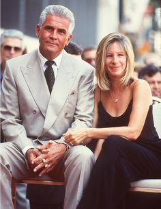 James Brolin & Barbra Streisand ✾ ~ Two enormously talented people who are constant inspirations. Hollywood Couples, Celebrity Couples, Hollywood Stars, Classic Hollywood, Old Hollywood, Celebrity Photos, Kevin Spacey, James Brolin, Josh Brolin