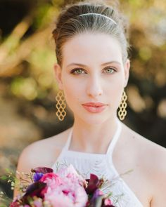 Glam wedding hair + makeup idea - high updo with glam + dewy makeup {Natalie Franke Photography} Wedding Hair And Makeup, Bridal Makeup, Bridal Hair, Dewy Makeup, Hair Makeup, Updo With Headband, High Updo, Maui Wedding Photographer, Perfect Bride