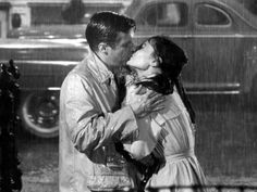 Breakfast at Tiffany's (1961)  Audrey Hepburn & George Peppard  #kiss