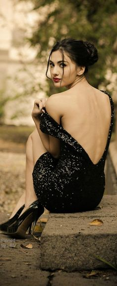 Chic In The City- Backless and shimmery.| Keep The Glamour♡  ✤LadyLuxury✤