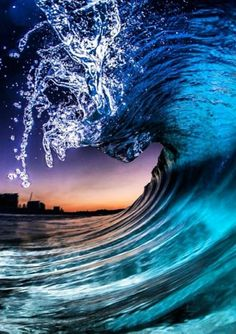 The magic of waves at night is amazing... <3