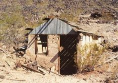 Ghost Towns and History of the American West Ghost Towns In Arizona, Maricopa County, Abandoned Cities, Haunted Places, Old West, Hot Springs, Travel Usa, Day Trips, The Locals