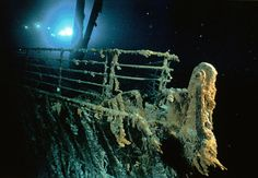I want to see the Titanic in a submarine