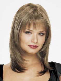 like the layers, but would rather have sweeping bangs to one side Long Hair With Bangs, Short Hair With Layers, Long Hair Cuts, Layered Hair, Medium Shag Hairstyles, Haircuts For Medium Hair, Hairstyles With Bangs, Front Hair Styles, Hair Front