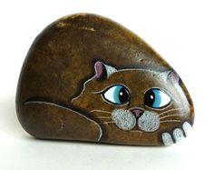 Hand Painted River Rock Cat Miniature por qvistdesign en Etsy