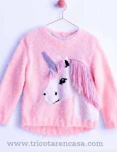 Crochet Dress Outfits, Animal Sweater, Animal Knitting Patterns, Knitted Baby Clothes, Knitting For Beginners, Knitting Stitches, Girl Outfits, Graphic Sweatshirt, Sweaters