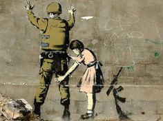 L'opera dell'artista inglese Banksy (Bristol, 1974) dal titolo Girl Frisking Soldier (Betlemme, 2007)