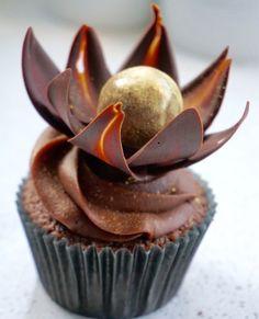 Hemmelig oppskrift på kjempegode sjokolade cupcakes!
