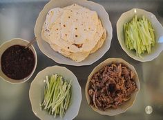 Last week I made the best meal ever. Chinese crispy duck (Peking duck), pancakes, and plum sauce -. Duck Recipes, Asian Recipes, Chinese Recipes, Chinese Food, Easy Recipes, A1 Recipe, Duck Pancakes, Braised Duck, Crazy Kitchen