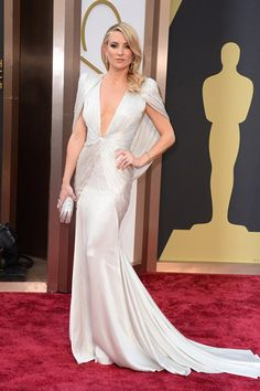 Top 10 Oscar's 2014 Red Carpet Outfits VERSAGe