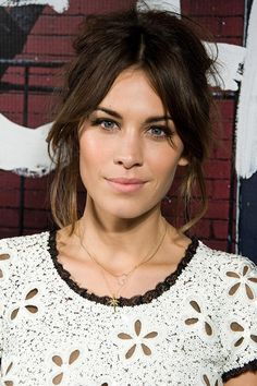 The beauty of Alexa Chung knows no bounds. Let's review the pictorial evidence