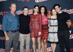 """From left, Linden Ashby, Jeff Davis, Shelley Hennig, Melissa Ponzio, Holland Roden and Tyler Posey attend the """"Teen Wolf"""" Final Farewell during day three of the 2016 New York Comic Con at Hammerstein Ballroom on Oct. 8, 2016."""