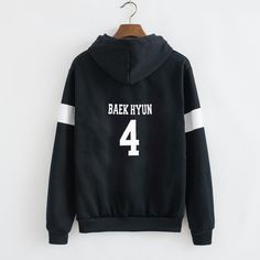 Material: Cotton,Polyester Style: Casual Fabric Type: Broadcloth Sleeve Length: Full Clothing Length: Regular Pattern Type: Print Collar: O-Neck Weight: 500g Item Type: Sweatshirts type: Baseball unif