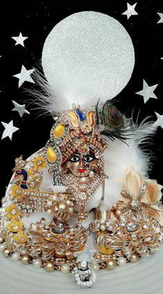 Cute Krishna, Radha Krishna Love, Shree Krishna Wallpapers, Laddu Gopal, Wreaths, Halloween, Etsy, God, Decoration