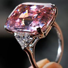 What does the most expensive diamond in the world cost you? Ask billionaire, Laurence Graff, who now owns the most valuable piece of jewelry in the world. Diamond connoisseurs expected a potentially flawless 24.78-carat pink diamond to break price records when it went under the hammer at Sotheby's Geneva auction, but they had no idea …