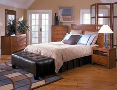Traditional Medium Oak 5-Piece Bedroom set, $449.99