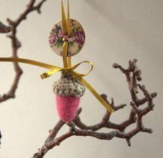 Christmas ornament felt 4 Acorns with wood button by astashtoys, $12.00