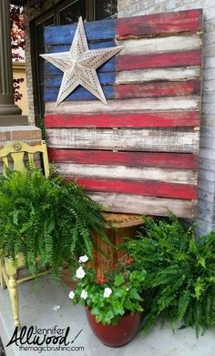Outdoor Pallet Projects pallet flag with single star - It's easy to paint a pallet flag for July Memorial Day and Flag day. I have some fun ways to add stars and tips for building and painting your pallet. Wooden Pallet Projects, Pallet Crafts, Diy Pallet Furniture, Diy Furniture Projects, Furniture Design, Crafts With Pallets, Ammo Crafts, Lego Projects, Art Furniture