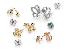 Diamond Earrings With Style! Pandora Bracelets, Pandora Jewelry, Charm Jewelry, Pandora Charms, Jewelry Bracelets, Pandora Collection, Jewelry Collection, Spring Collection, Platinum Earrings
