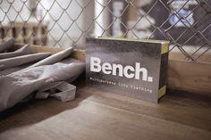 Axe Throwing at Batl Toronto with #TeamBench! #MyBenchAdventure