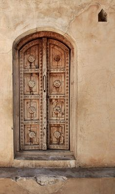 chasingrainbowsforever:    Portal in Rajmahal, India by ||| Tammie, via Flickr