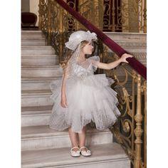 Βαπτιστικό φόρεμα με μανίκια ασύμμετρο της Dolce Bambini από φίνο τούλι και δαντέλα, Βαπτιστικά ρούχα επώνυμα για κορίτσι, Dolce Bambini βαπτιστικά φορέματα οικονομικά, Φόρεμα βάπτισης τιμές-προσφορά-νέες παραλαβές eshop