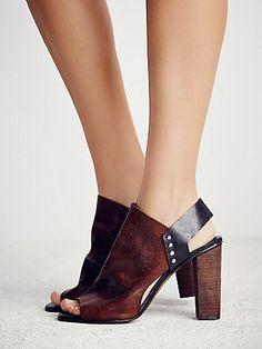 Free People Picture This Heel – Brown/Black | CrossRoads Online