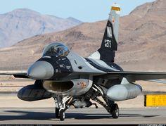 General Dynamics F-16C Fighting Falcon (401)