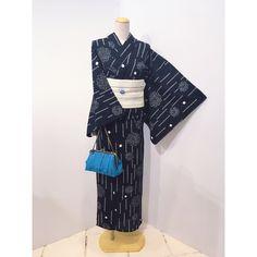 高級感のある有松絞りの浴衣🎐 仕立て上がっているのですぐにご着用いただけます😊 . 絞り浴衣 ¥27,000 半巾帯 ¥10,800 . #和gen#きもの#着物#kimono#着物コーディネート#きものコーディネート#着物生活#着物女子#着物でおでかけ#新潟#古町#浴衣#浴衣コーディネート#浴衣着付け#半幅帯#有松絞り#夏祭り#花火大会#夏