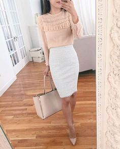 Work attire ideas for Fashion outfits Work Outfits Office Outfits Fall Fashion 2019 Winter Outfits 2019 Pants Outfits 2019 Crop Top Outfits 2019 Summer Fashion 2019 Fashion Business, Business Casual Outfits, Business Attire, Office Outfits, Mode Outfits, Classy Outfits, Fashion Outfits, Business Chic, Business Women