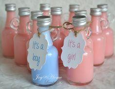 Geboortebedankje. Flesje met zeep & label