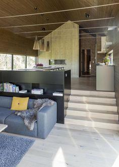 Vinterhytter - Lomtjødnvegen 84 - PULS arkitekter as Dream Home Design, My Dream Home, Home Interior Design, House Design, Split Level Home Designs, Denmark House, Harris House, Loft, Earth Sheltered Homes