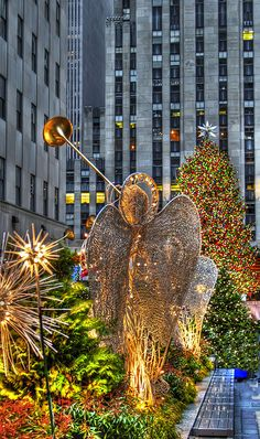 Angels, Rockefeller Center, NYC