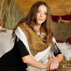 White Ukrainian shawl with oriental print by NatsCozyShop on Etsy