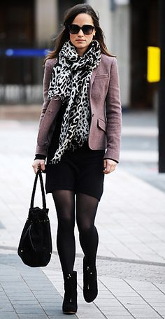 Pippa cozied up in a black dress by Tania Cashmere, which she teamed with a Ralph Lauren blazer, Aruna Seth bag, Zara wedge boots and her go-to Alice by Temperley leopard-print scarf.