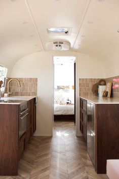 super small styling kitchen Airstream Remodel, Airstream Renovation, Airstream Interior, Home Renovation, Airstream Trailers, Travel Trailers, Airstream Decor, Airstream Bambi, Camping Trailers
