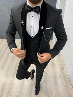 Size Suit material: satin, lycrawashable : No Fitting :Slim-fit Remarks: Dry Cleaner Season : 2019 Spring Wedding Season Slim Fit Tuxedo, Tuxedo Suit, Tuxedo For Men, Groom Tuxedo, Groom Suits, Groom Attire, Groomsmen, Dress Suits For Men, Mens Suits