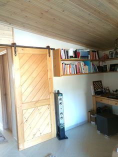 Slide Door / Book Case
