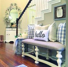 house design home decor, entryway decor, hallway decorating. Hallway Decorating, Decorating Ideas, Deco Design, Foyer Design, My New Room, Cozy House, Farmhouse Decor, Farmhouse Style, Modern Farmhouse