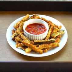 These baked zucchini fries only take 5 ingredients to make! Perfect for dipping in marinara sauce as a healthy snack or appetizer. | pinchofyum.com