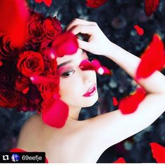Thank you for shering.  We are having people to be taken photos in order to make relationships between humans and natures.  人と自然との関係を広める為に撮影して頂いてもらってます  #ganon #hananingen #flower  #hair #flowerart #flowerdesign  #design #designer #fashion  #tokyo  #sapporo #花人間 #花 #東京 #arrangement  #bouquet  #flowershop #flowerstagram  #war #photo #art #message #peace #flowlarts #japan  #japaneseartist  #florist #florista Snow White, Crown, Disney Princess, Fashion, Moda, Fashion Styles, Sleeping Beauty, Fashion Illustrations, Crowns