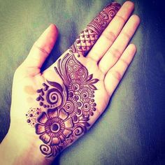 Explore Best Mehendi Designs and share with your friends. It's simple Mehendi Designs which can be easy to use. Find more Mehndi Designs , Simple Mehendi Designs, Pakistani Mehendi Designs, Arabic Mehendi Designs here. Easy Mehndi Designs, Latest Mehndi Designs, Bridal Mehndi Designs, Palm Mehndi Design, Finger Henna Designs, Arabic Henna Designs, Mehndi Designs For Girls, Mehndi Designs For Beginners, Dulhan Mehndi Designs